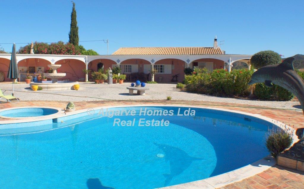 Algarve loul superbe maison de charme vendre for Acheter une maison au portugal