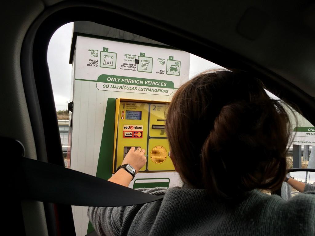 Postes d'enregistrement des voitures immatriculées à l'étranger - Auteur: Pierre-Olivier CLEMENT-MANTION