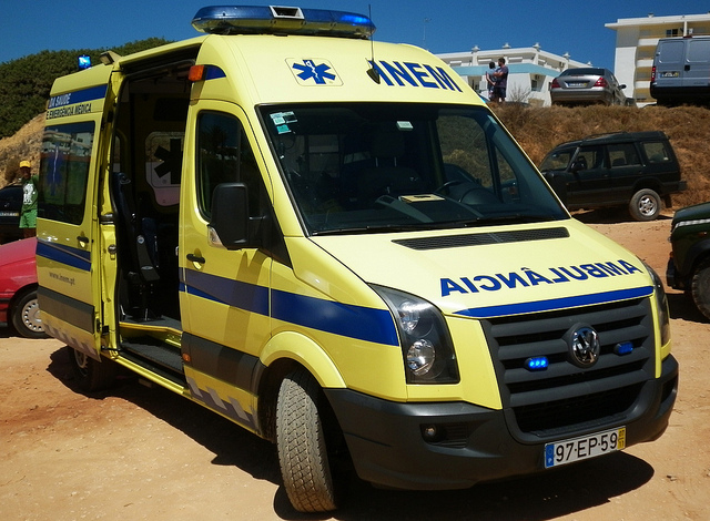 Ambulances Portugal - Auteur: Madrid Emergency Vehicles - Flickr